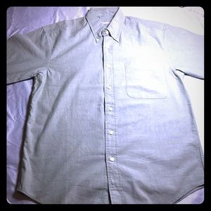 Olive St Johns Bay short sleeve button up shirt.